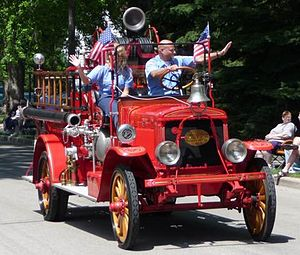 Hartford, Wisconsin - 1920's Kissel Fire Truck appears in 2008 4th of July Parade