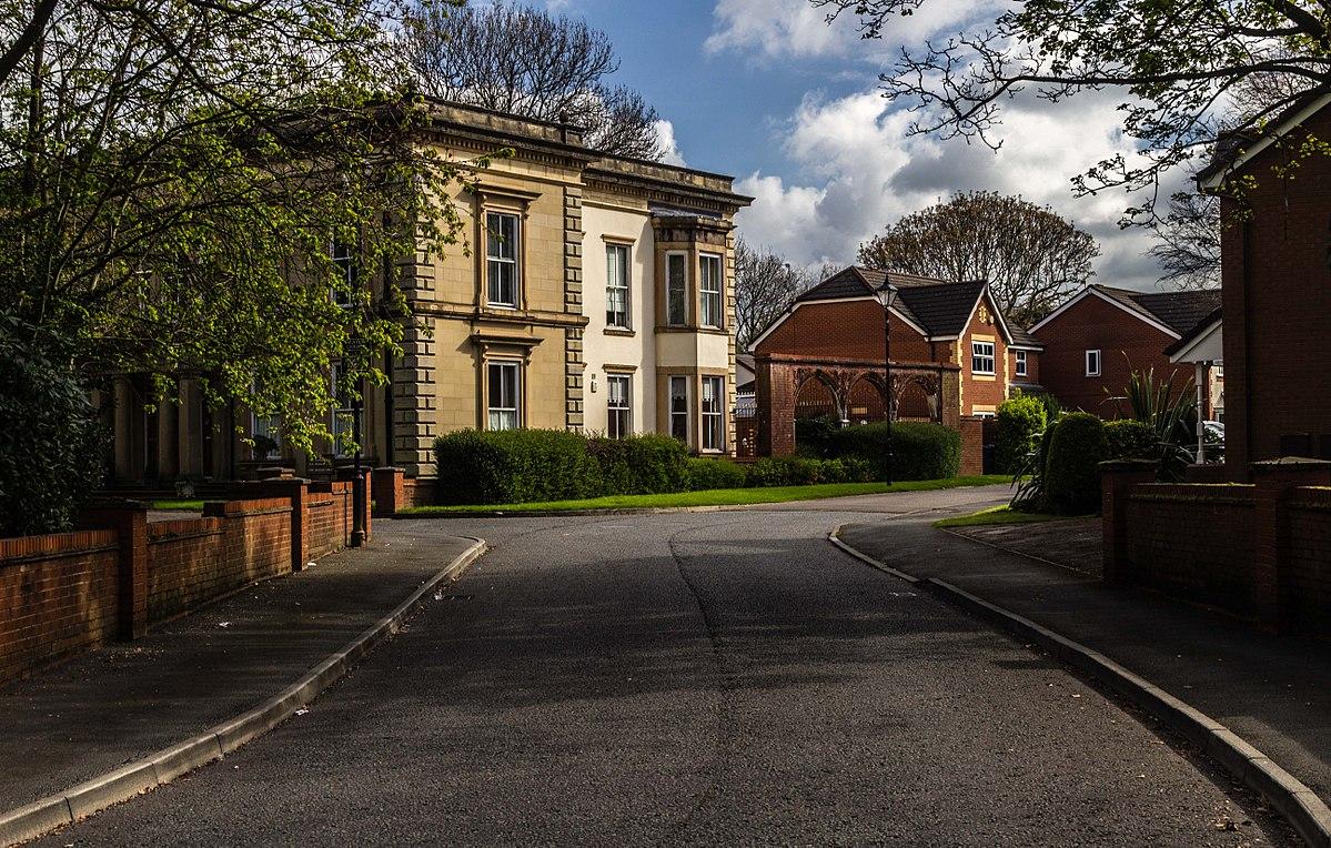 Heaton Grove, Bury.jpg