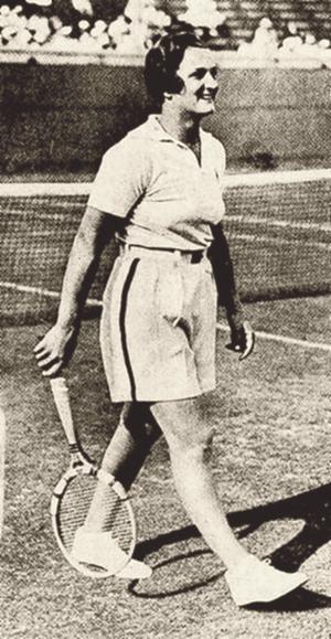 Helen Jacobs - Jacobs, in 1933.