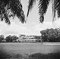 Het Gouvernementspaleis aan het Gouvernementsplein in Paramaribo, Bestanddeelnr 252-6085.jpg