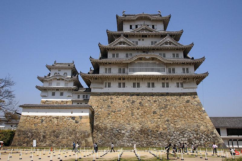 Datei:Himeji Castle 04s3200.jpg
