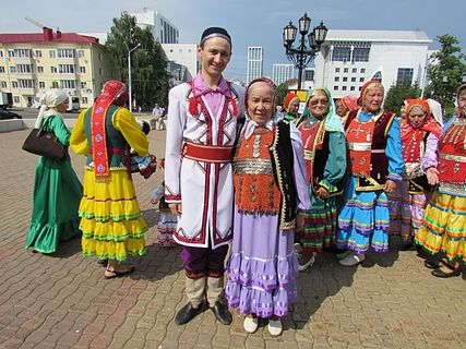 Holiday Bashkir national costume 63.jpg