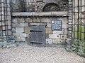 Holyrood Abbey (geograph 3576681).jpg