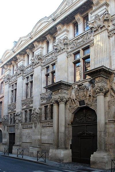 Archivo:HoteldePierre-Toulouse.jpg