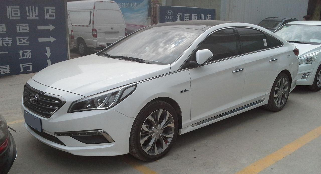 1280px-Hyundai_Sonata_LF_01_China_2016-0