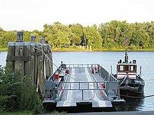 IMG 4136 Rocky Hill - Glastonbury Ferry.jpg
