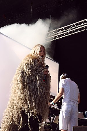 Iamamiwhoami - iamamiwhoami performs in Stockholm in 2012 in support of kin.