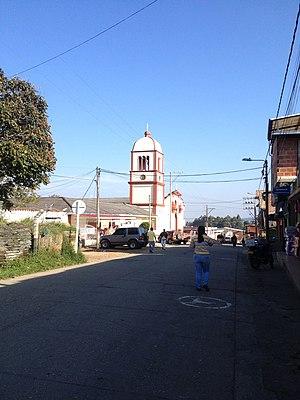 Iglesia Nuestra Señora del Rosario de Piendamó.jpg