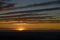 Il sole scompare dietro le Alpi - panoramio.jpg