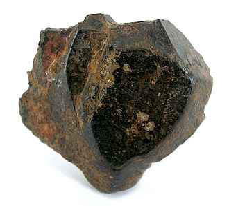 Ilmenite - Ilmenite from Miass, Ilmen Mts, Chelyabinsk Oblast', Southern Urals, Urals Region, Russia. 4.5 x 4.3 x 1.5 cm