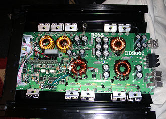 Power amplifier classes - Boss Audio class-D mono amplifier with a low-pass filter for powering subwoofers
