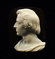 Isler Cameo with bust of Fryderyk Chopin.jpg