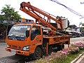 Isuzu ELF service truck with aerial work platform - Thailand.JPG