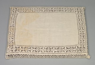 Needlepoint (Reticella) and Bobbin Lace Pillow Case (1933.357)