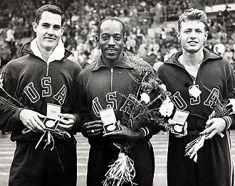 Athletics at the 1952 Summer Olympics – Men's 110 metres hurdles - Image: Jack Davis, Harrison Dillard, Arthur Barnard 1952