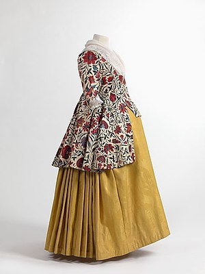 Chintz - Image: Jacket in chintz, skirt in wool damask, 1750 1800. Mo Mu Fashion Museum Province of Antwerp, www.momu.be. Photo by Hugo Maertens, Bruges