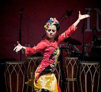 Tari Jaipongan , tari tradisi rakyat Sunda
