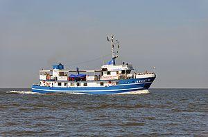Jan Cux II (ship, 1978) 2012-by-RaBoe 11.jpg