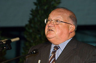 Jean-Luc Dehaene - Jean-Luc Dehaene giving a speech in 2005