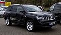 Jeep Compass 2.2 CRD Limited 70th Anniversary Edition (Facelift) – Frontansicht, 1. April 2012, Essen.jpg