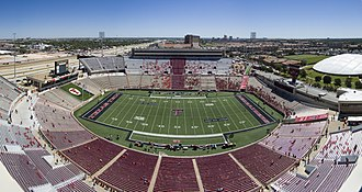 Jones AT&T Stadium - Image: Jones AT&T Stadium wide shot