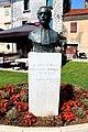 Jurja Dobrile-Monument-Poreč.jpg