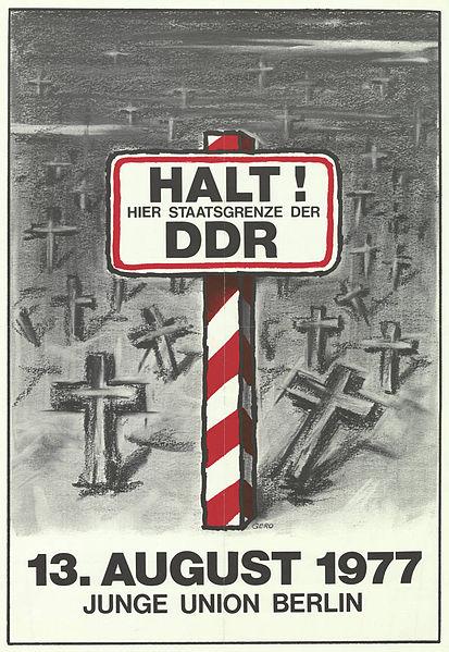 File:KAS-Berlin, Mauerbau-Bild-12938-2.jpg