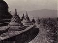 KITLV - 172129 - Kurkdjian - Soerabaia - Stupa terrace at Borobudur in Magelang - circa 1920.tiff