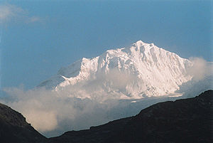 World altitude record (mountaineering) - Graham, Boss and Kauffmann may have climbed to 30 ft below 7,338 m Kabru N in 1883; if true they set an altitude record which stood for 26 years.