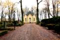 Kalmar Södra kyrkogården med Södra kapellet October 2014 02.png