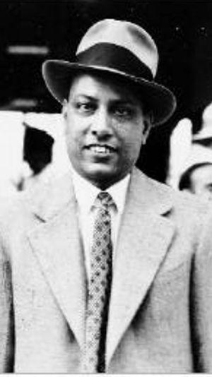 Kasturbhai Lalbhai - Kasturbhai in the 1940s before adopting khadi clothes