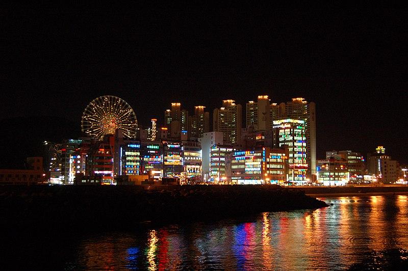 File:Korea-Busan.at.night-01.jpg