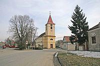 Kostel Svatého Vojtěcha v Libici.jpg