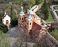 Kostel svatého Vavřince na Petříně, pohled z rozhledny cropped.jpg