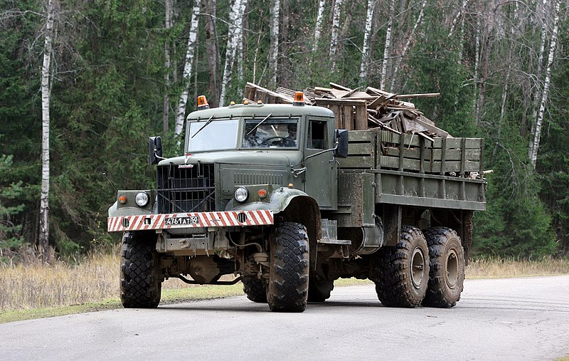 KrAZ-255B Russian Heavy Truck - 1/25 by MiniManFactory 800px-KrAZ-255B_military_truck