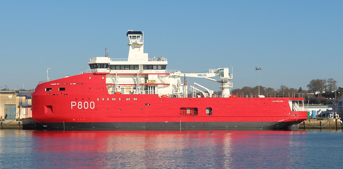 Icebreakers - Page 10 1200px-L%27Astrolabe_e_Konk-Kerne_01