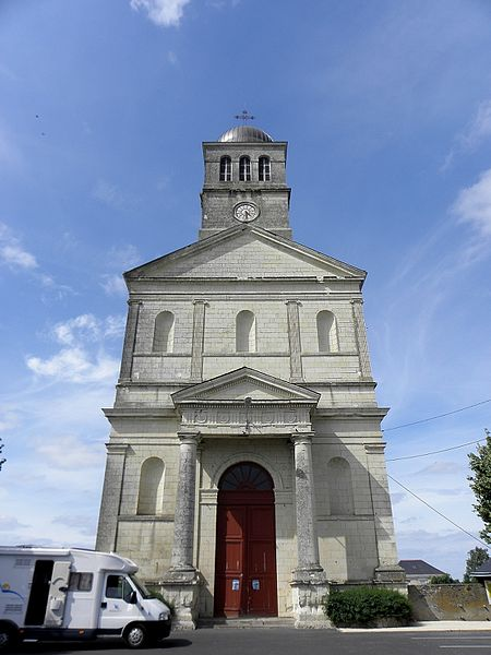 Église Saint-Aubin de La Bohalle (49).