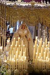 La Virgen del Rocío en su trono.jpg