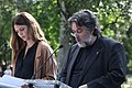 La alcaldesa, en la lectura de los Episodios Nacionales que celebra el 2 de mayo junto a la estatua de Galdós 05.jpg