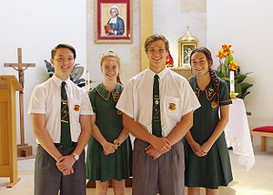La Salle College, Perth - The La Salle College summer uniform for boys and girls. This uniform is expected to be worn throughout term one and four, during the school year.