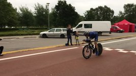 Fil:Lasse Norman Hansen 2017 Danish National Time Trial Championships finishline.ogv
