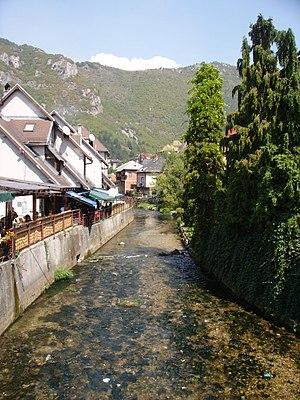Lašva Valley - Lašva River in the city centre of Travnik