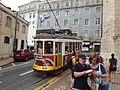 Lisboa, Largo da Sé, bonde (02).jpg