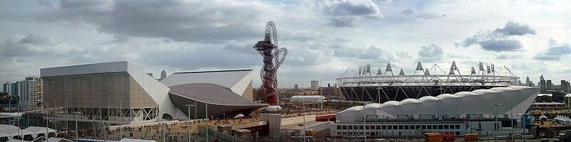 Juegos Olímpicos de Londres 2012 800px-London_Olympic_Park_from_John_Lewis