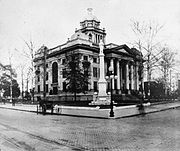 Lowndes County Courthouse 1900