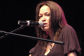 Indigenous Canadian personalities - Lucie Idlout at Westfest 2008