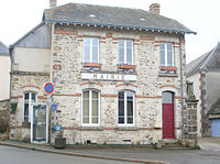 Mairie-St-Georges-le-Gaultier.jpg