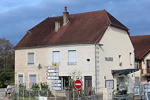 Mairie St Germain Arlay Arlay 3.jpg