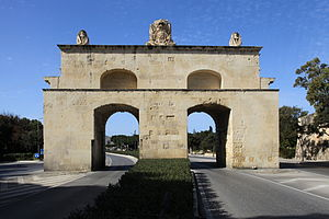 Porte des Bombes - The gate as viewed from the rear