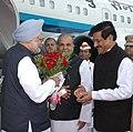 Manmohan Singh being received by the Governor of Maharashtra, Shri K. Sankaranarayanan and the Chief Minister of Maharashtra, Shri Prithviraj Chavan, on his arrival, at the Mumbai airport, on August 17, 2012.jpg